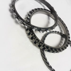 Jewelry - Set of (3) Gun metal bangles